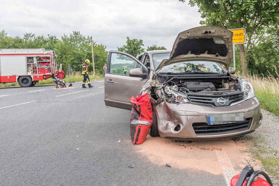 Der PKW-Fahrer blieb unverletzt.