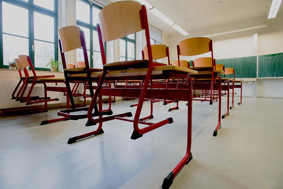 Lehrermangel ist in Sachsen schon lange ein Thema. Entspannung ist erst in  ein paar Jahren in Sicht.