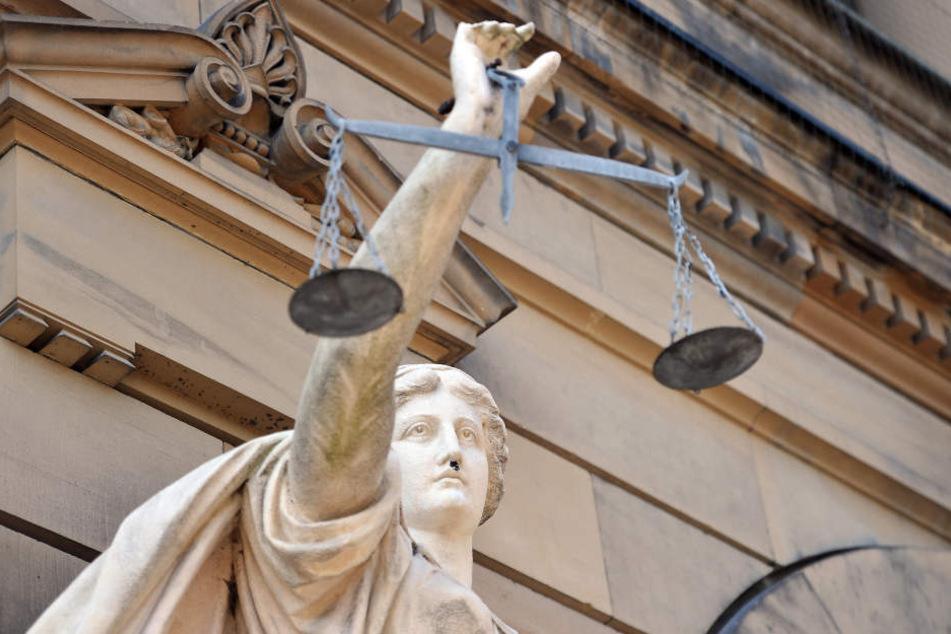 Die Klage des entlassenen Bäckers wurde auch vor dem Hessischen Landesarbeitsgericht abgewiesen (Symbolbild).