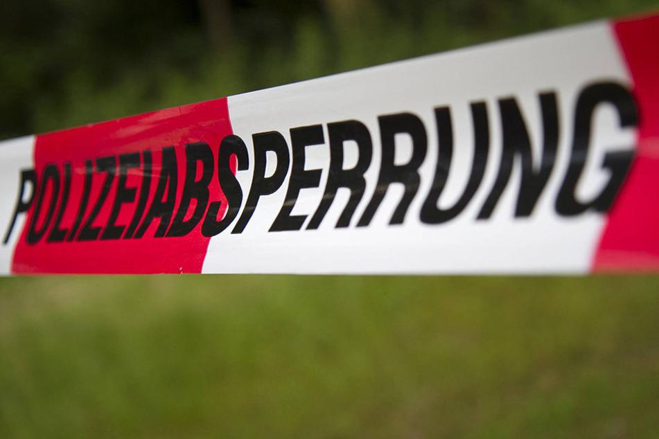 In Bayern wurde ein sechsjähriger Junge tot in einem Teich gefunden.