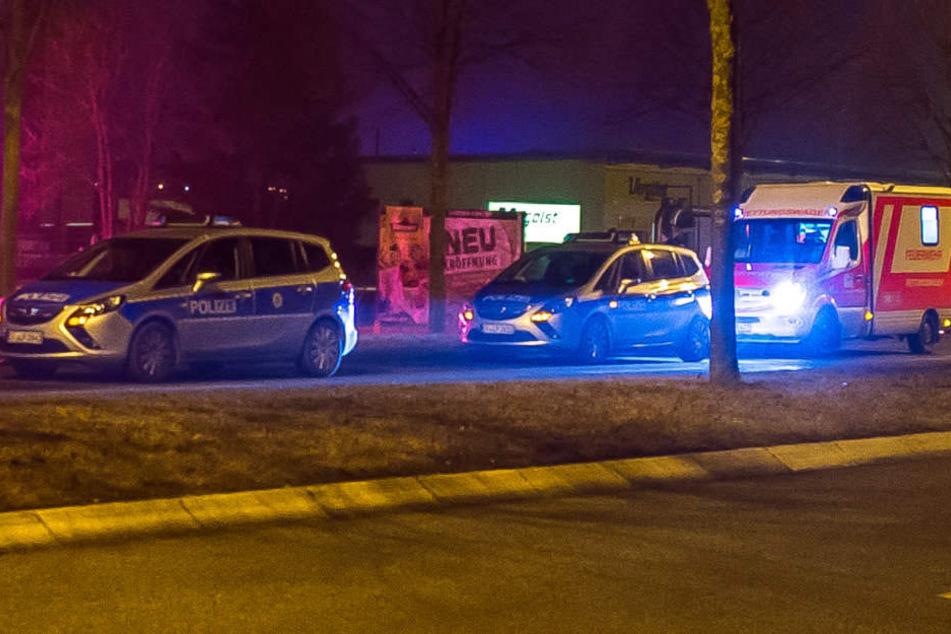 Polizei und Rettungsdienst mussten wegen einem renitenten Mann anrücken.