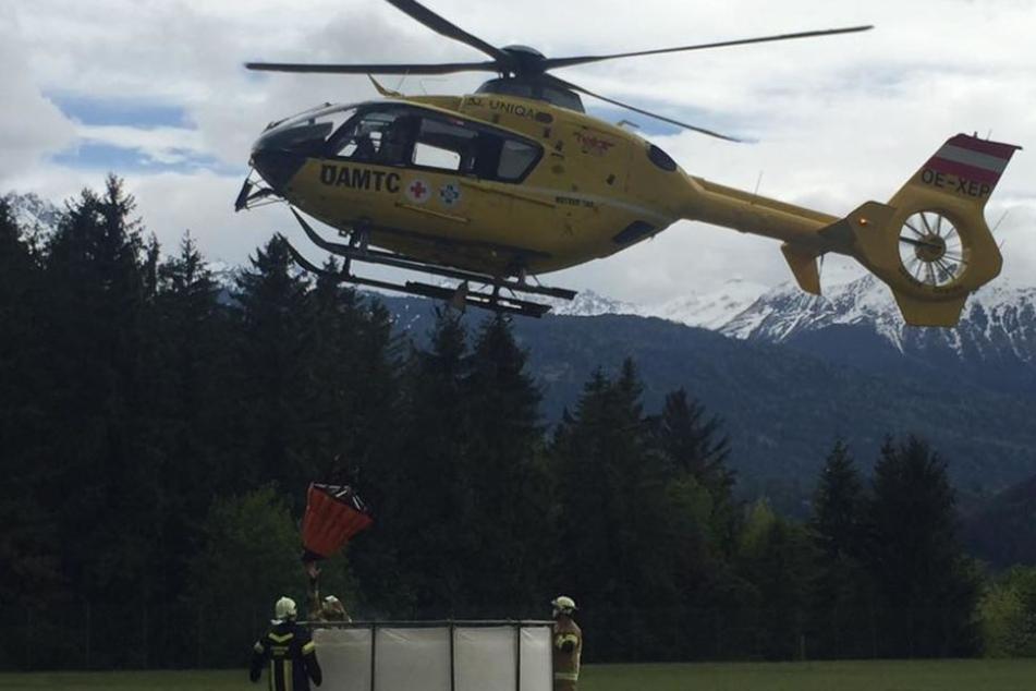 Drei Hubschrauber und mehrere Feuerwehren waren nötig, um den Waldbrand zu löschen.
