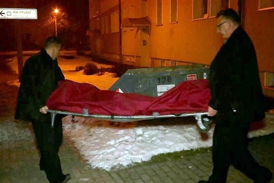 Man hatte die Leiche des 24-Jährigen in einem Mehrfamilienhaus gefunden.