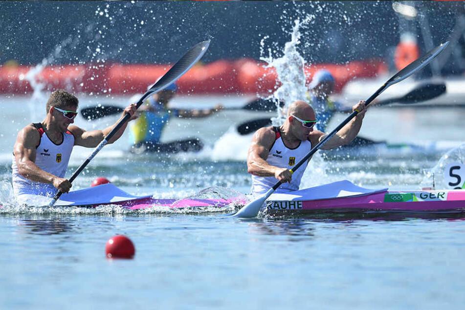 Der Dresdner Kanute Tom Liebscher (l.) und Partner Ronald Rauhe aus Potsdam gaben im olympischen Finale alles, doch es reichte nicht für die ersehnte Medaille.
