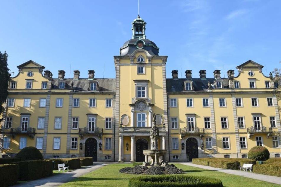 Unter anderem das Schloss Bückeburg, ...
