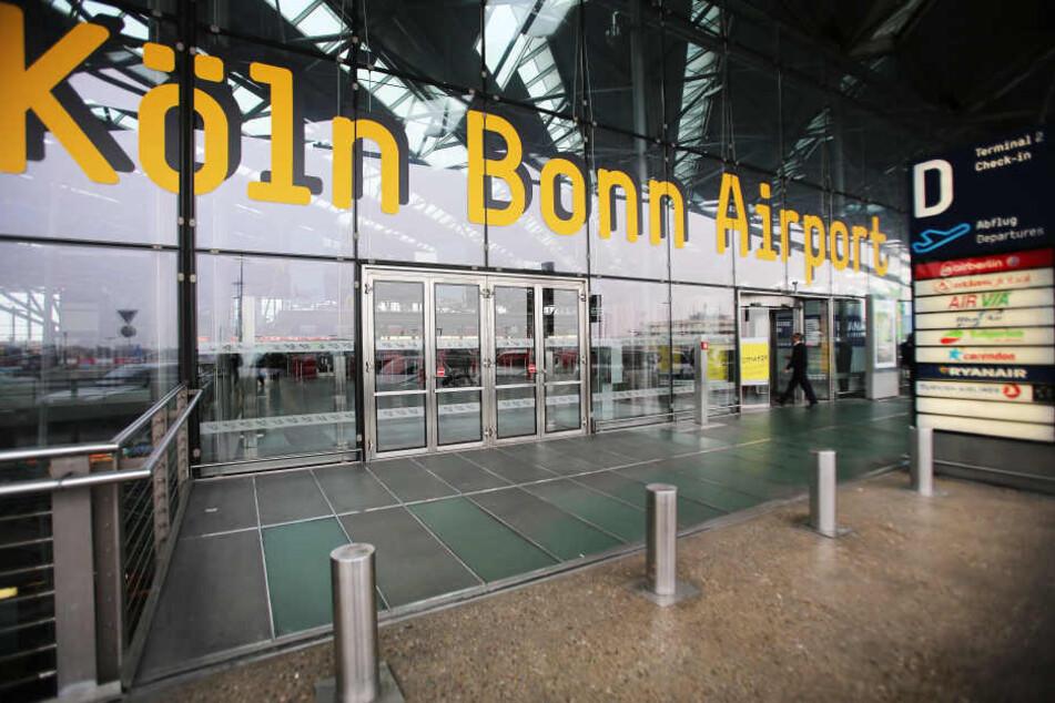 Das Unglück passierte am Flughafen in der Halle des Frachtdienstleisters FedEx.