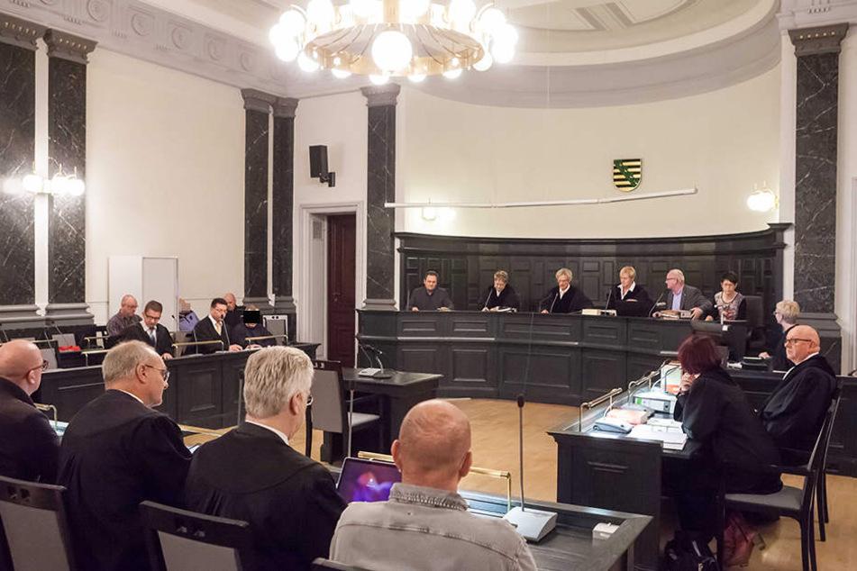 Beim Prozess in Zwickau wird am Freitag der erste Zeuge befragt.