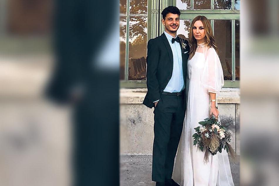 Philipp Hosiner gab seiner langjährigen Freundin Julia am 12. Oktober in Eisenstadt/Österreich das Ja-Wort. Für die Hochzeit will der Angreifer der Mannschaft noch einen ausgeben, für den zweiten Doppelpack nicht.