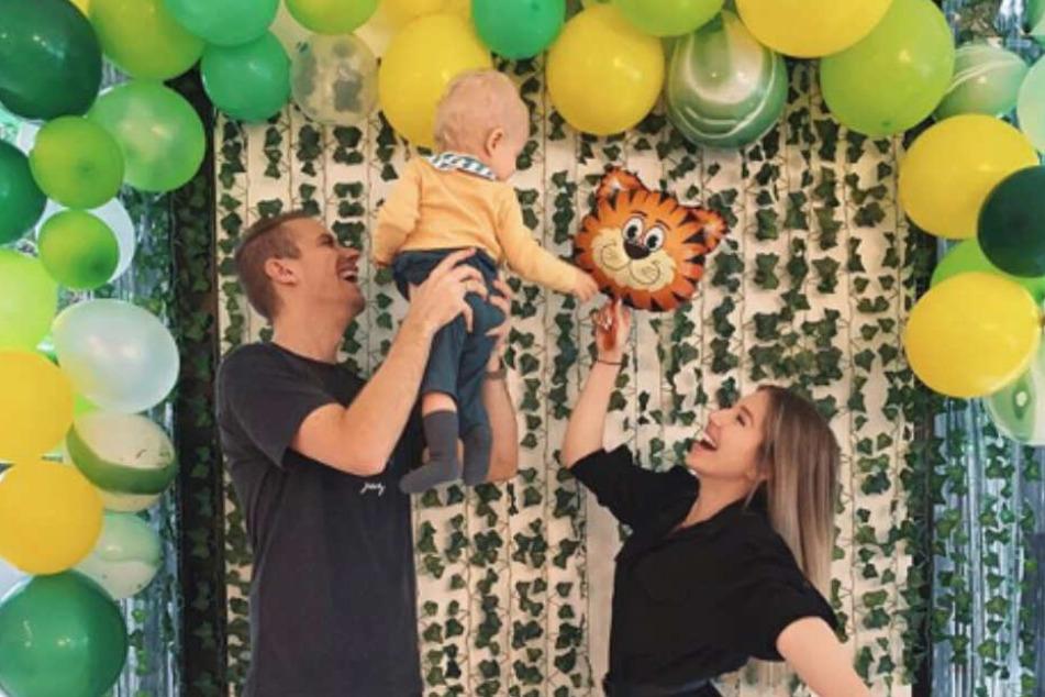 Papa Julian (26), Mama Bibi (26) und das Geburtstagskind Lio (1).