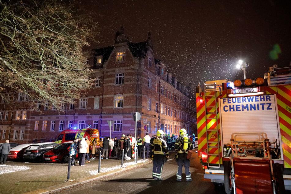 Insgesamt 26 Bewohner wurden bei dem Brand evakuiert.