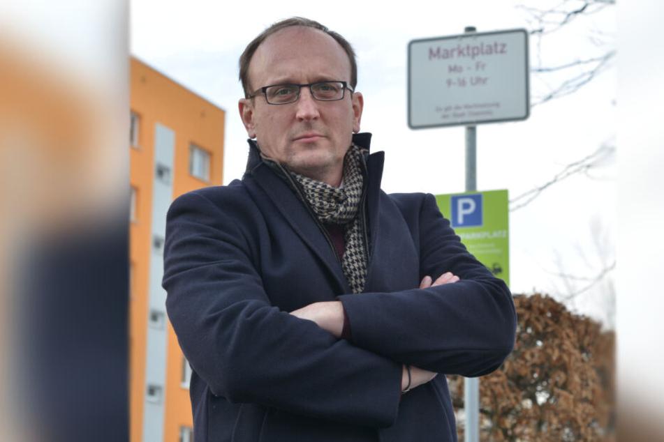 Jörg Vieweg (48, SPD) ist über die Baumfällungen empört.