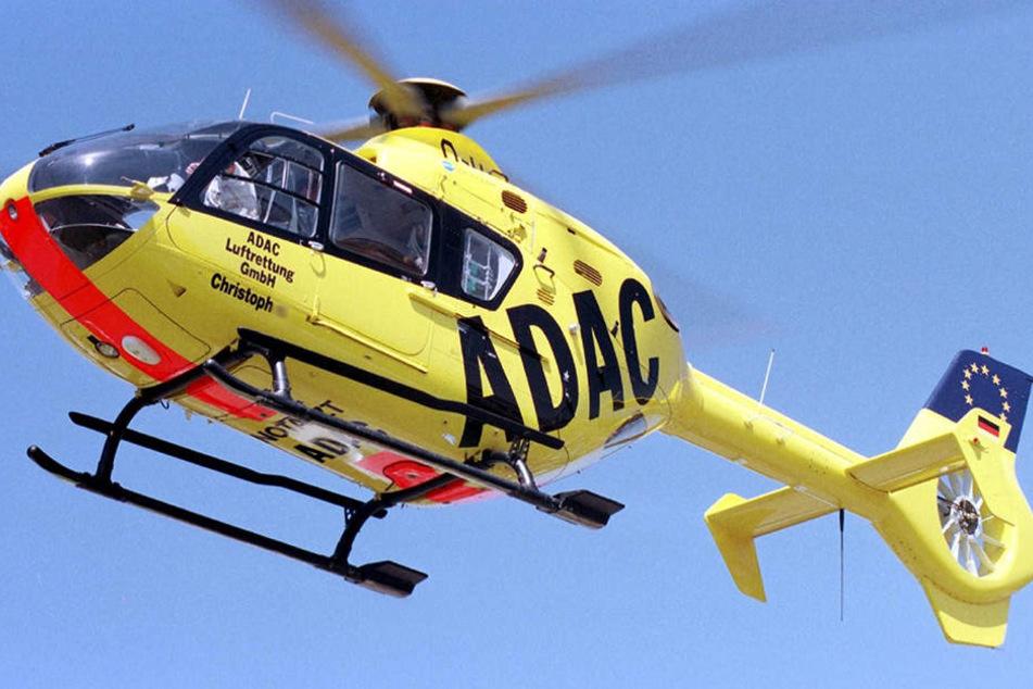 Eine schwer verletzte Person musste mit dem Christoph 13 in ein Krankenhaus geflogen werden.