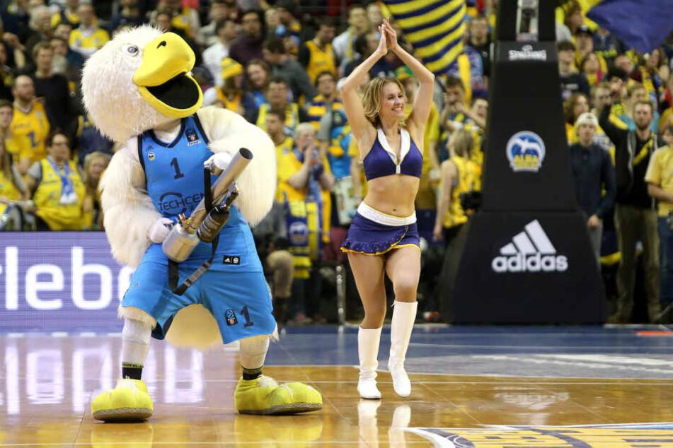 Der Basketball-Bundesligist Alba Berlin verzichtet von nun an auf seine Cheerleader.
