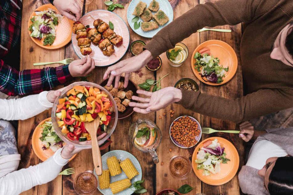 Auch in vielen anderen deutschen Städten finden Welcome Dinner statt. (Symbolbild)