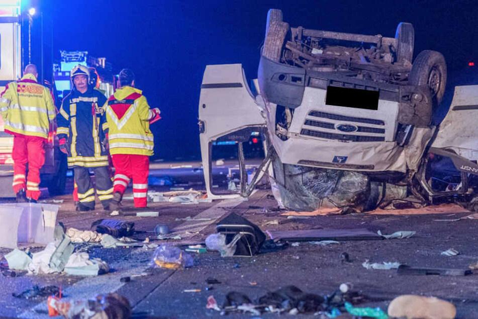 Horror-Unfälle auf Autobahn! Zwei Männer sterben