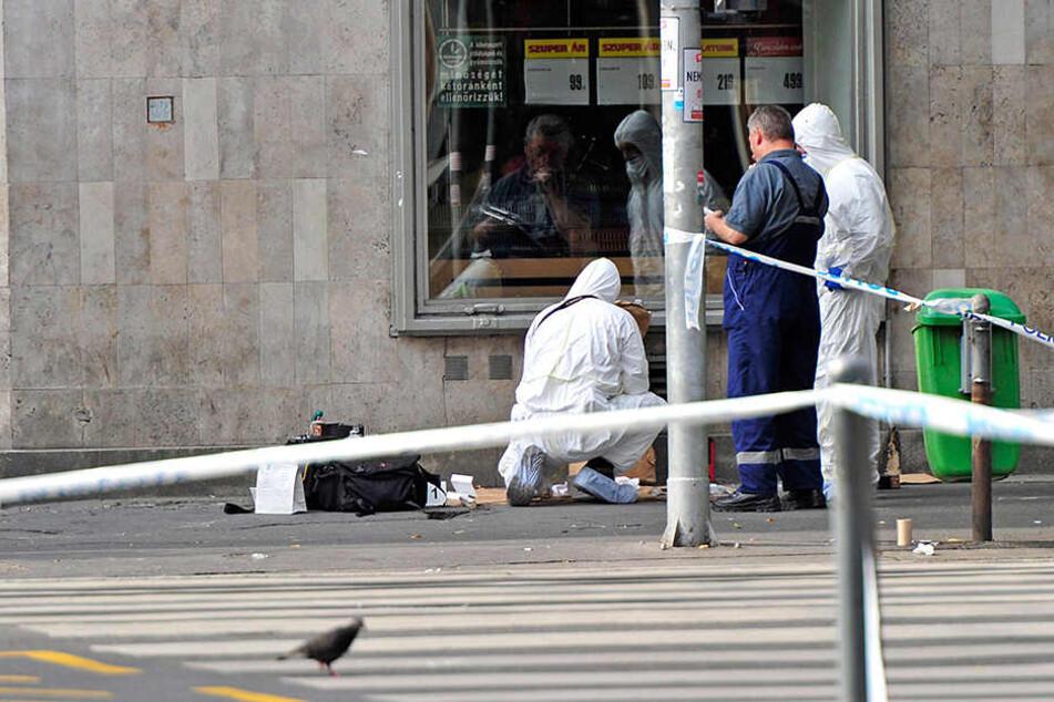 Bei einer Explosion in der Nacht zu Sonntag im Zentrum Budapests wurden zwei Polizisten verletzt.
