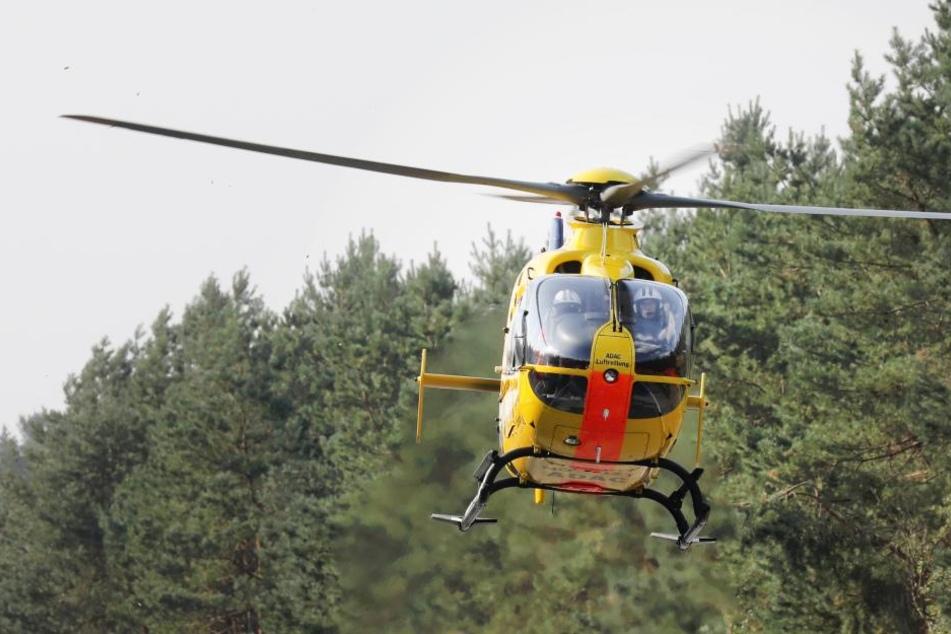 Zwei Rettungshubschrauber mussten angefordert werden, um die Verletzten ins Krankenhaus zu bringen. (Symbolbild)