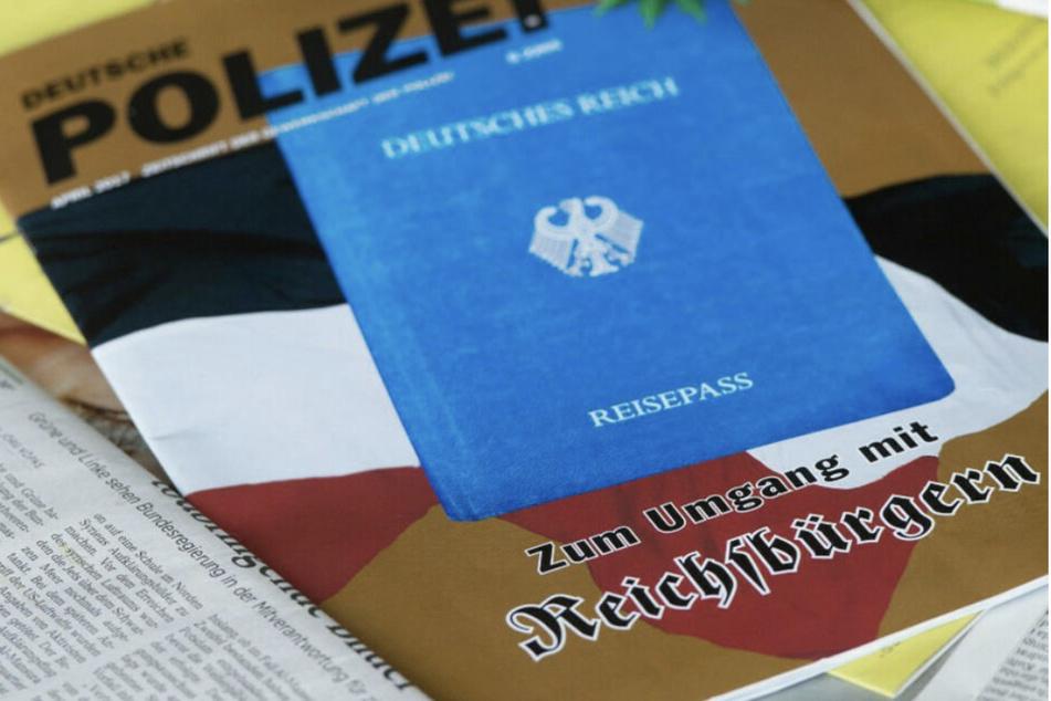 25 Reichsbürger und Selbstverwalter sind in Sachsen-Anhalt bekannt - diese sind im Besitz von insgesamt 182 Schusswaffen. (Symbolbild)