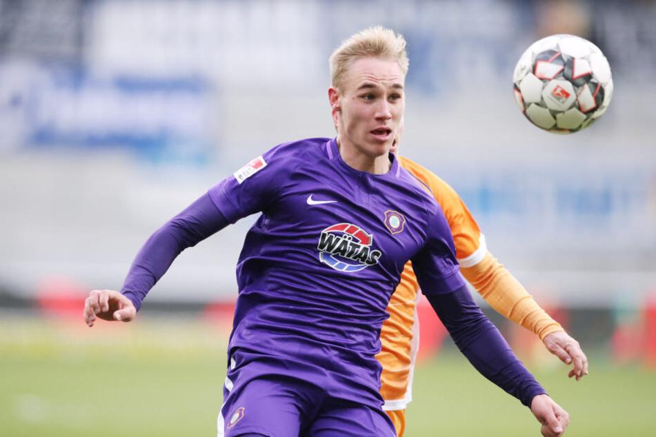 Florian Krüger feierte gestern seinen 20. Geburtstag. In seinen bisherigen sieben Punktspielen schoss er ein Tor und bereitete vier Treffer vor.