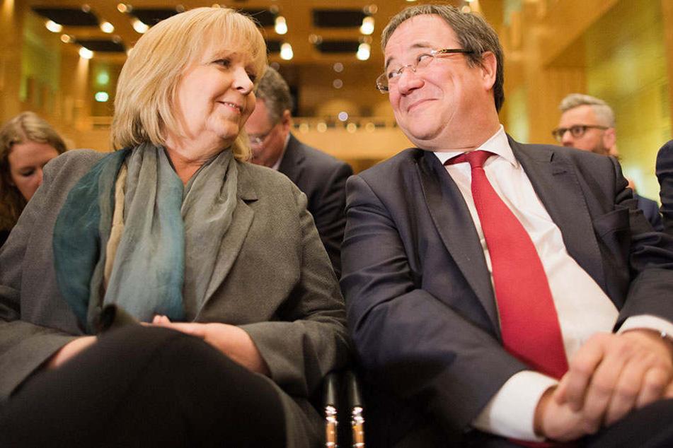 Ministerpräsidentin Hannelore Kraft (li.) hat mit der SPD ordentliche Umfragewerte. Armin Laschet (CDU) würde deshalb gerne eine GroKo bilden.