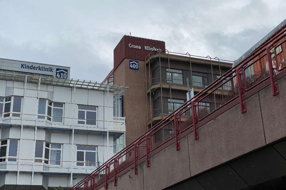 Ein Blick auf die Universitätsklinik in Tübingen, in der zwei der Coronavirus-Infizierten in Quarantäne untergebracht sind.