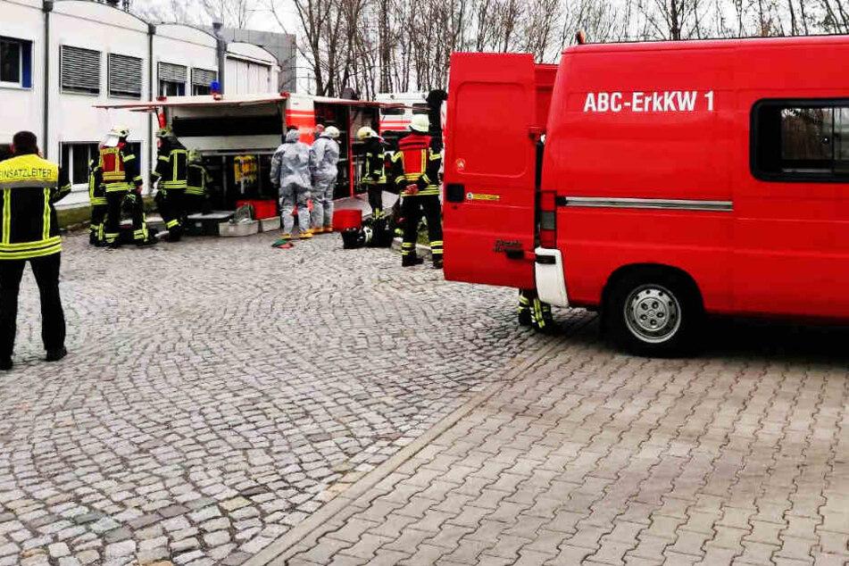 Säure-Alarm in Leipzig! Behälter am Leibniz-Institut geplatzt, zwei Verletzte