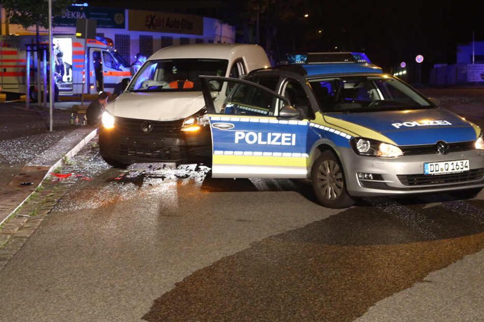 Verfolgungsjagd durch Dresdner Innenstadt: Caddy-Fahrer rammt Polizei