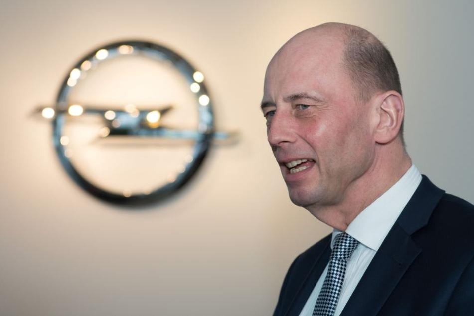 Wirtschaftsminister Wolfgang Tiefensee (SPD) sieht die Opel-Übernahme als Chance für Eisenach.