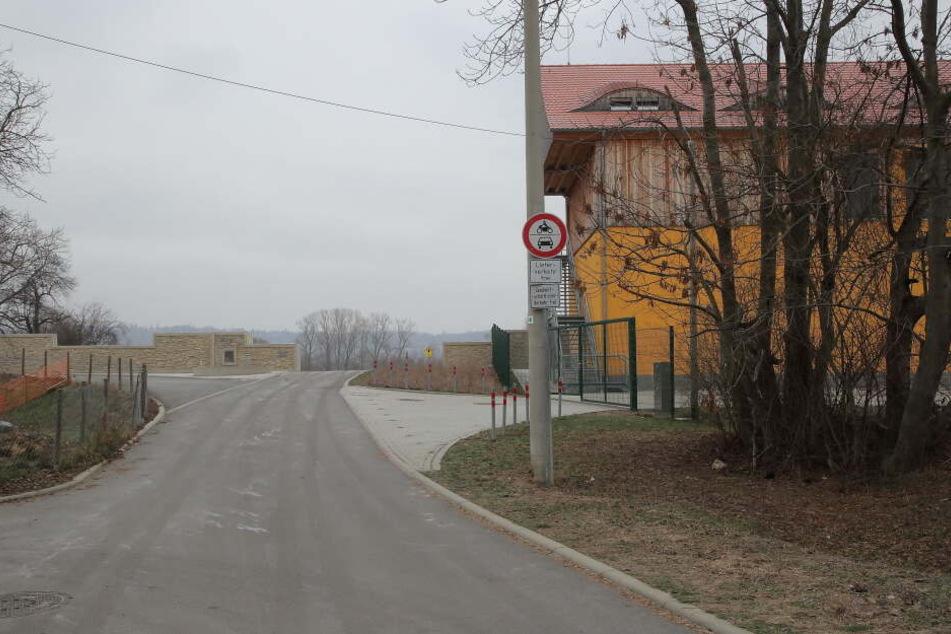 Die Gohliser Mühle ist ein beliebtes Ziel bei Radfahrern und Spaziergängern. Autofahren ist hier allerdings streng verboten.