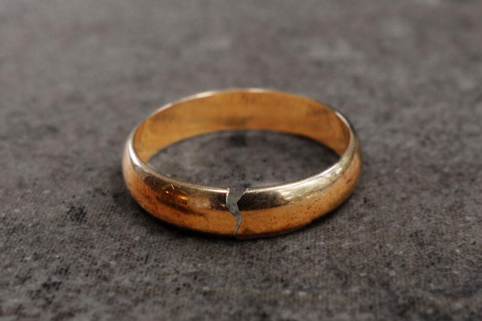 Ohne den Hund hätte die Ehe vielleicht am seidenen Faden gehangen. (Symbolbild)
