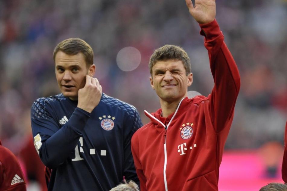 Manuel Neuer und Thomas Müller (v.li.)