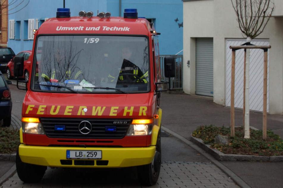 Die Feuerwehr konnte mittlerweile den Brand löschen.