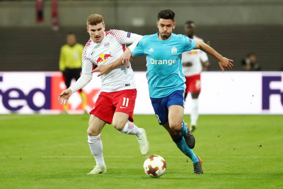 Hartes Stück Arbeit: Timo Werner (l., gegen Marseilles Morgan Sanson) und seinen Mitspielern hat das Match einiges an Kraft gekostet.