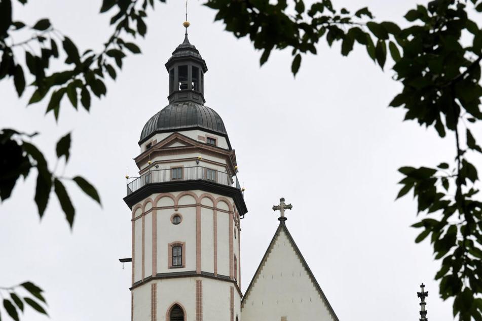 In der Leipziger Thomaskirche wurden Pfarrerin Britta Taddiken schon Prügel angedroht.