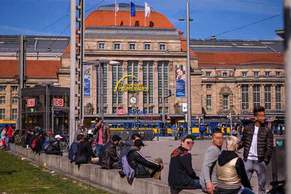 Auf dem Willi-Brandt-Platz vorm Leipziger Hauptbahnhof ereignete sich die Attacke (Symbolbild).