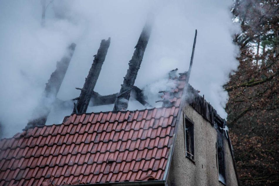 Der Schaden beläuft sich auf rund 30.000 Euro.