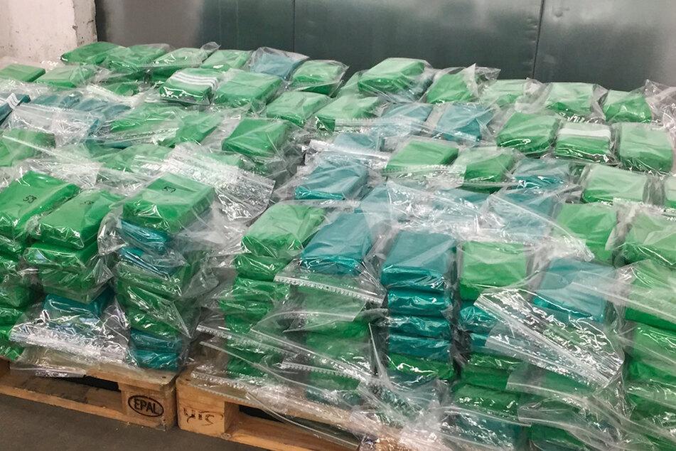 München: Internationales Drogenkartell zerschlagen: Polizei beschlagnahmt 187 Kilogramm Kokain