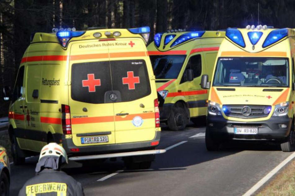 Schwerer Unfall auf B171: Mehrere Verletzte nach Frontal-Zusammenstoß