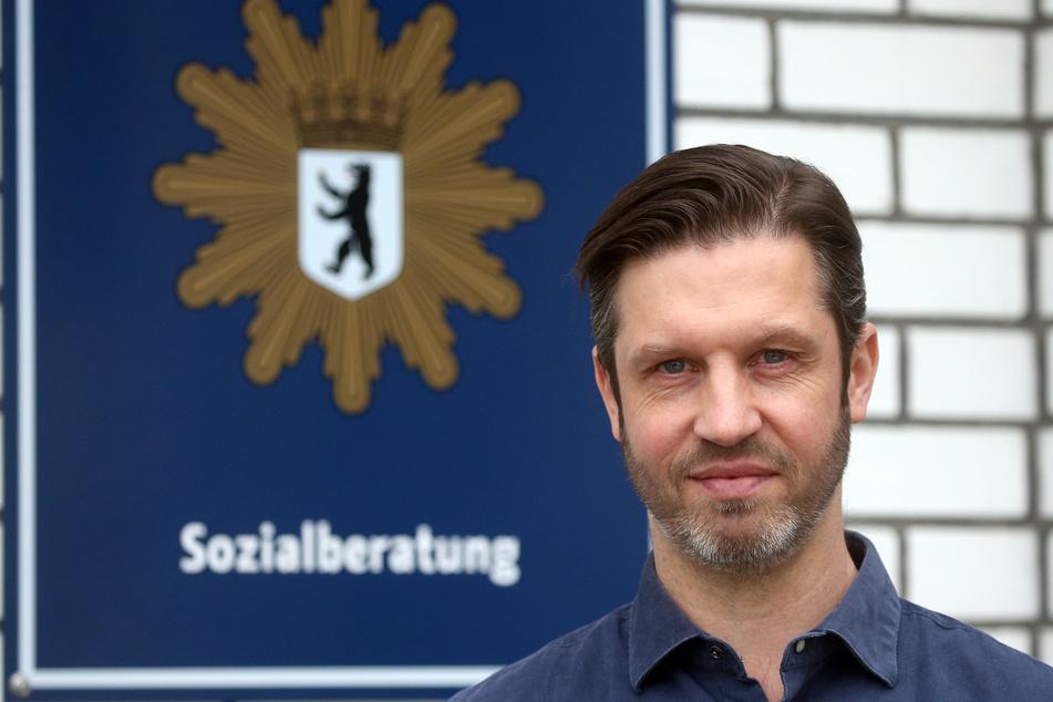 Jan Hülsenbeck, Leiter des Psychosozialen Dienstes der Berliner Polizei. In der Corona-Pandemie suchen Berliner Polizisten angesichts psychischer Belastungen verstärkt Rat und Hilfe.