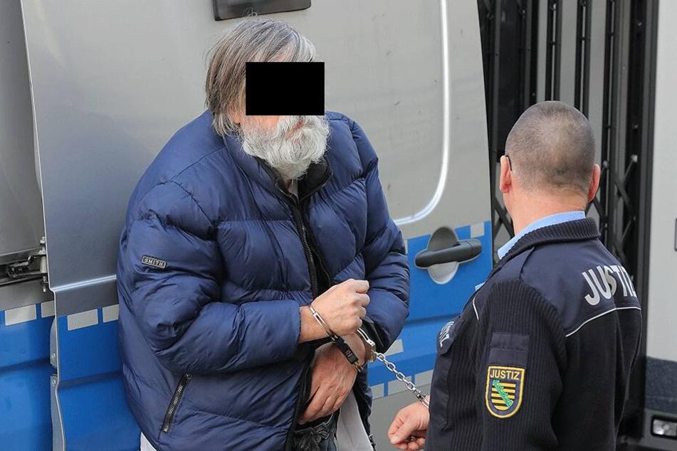 Georgi L. (69) will in Bulgarien eine Farm voller Tiere haben. Jetzt muss er erstmal in den Knast.