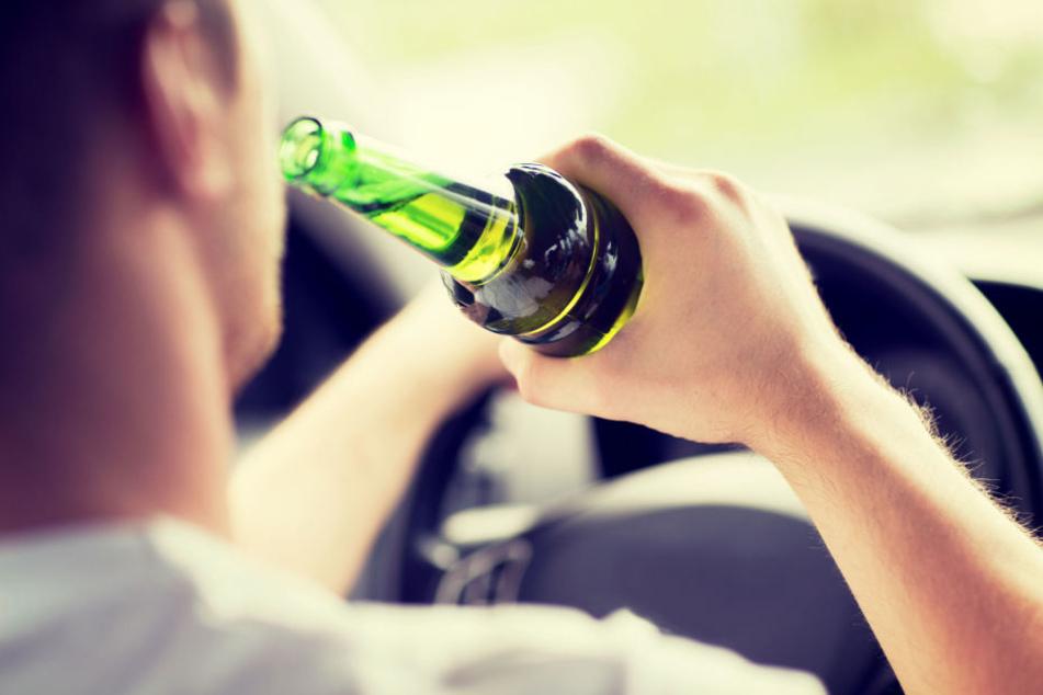 Der 24-Jährige wurde im September 2017 betrunken am Steuer erwischt (Symbolbild).