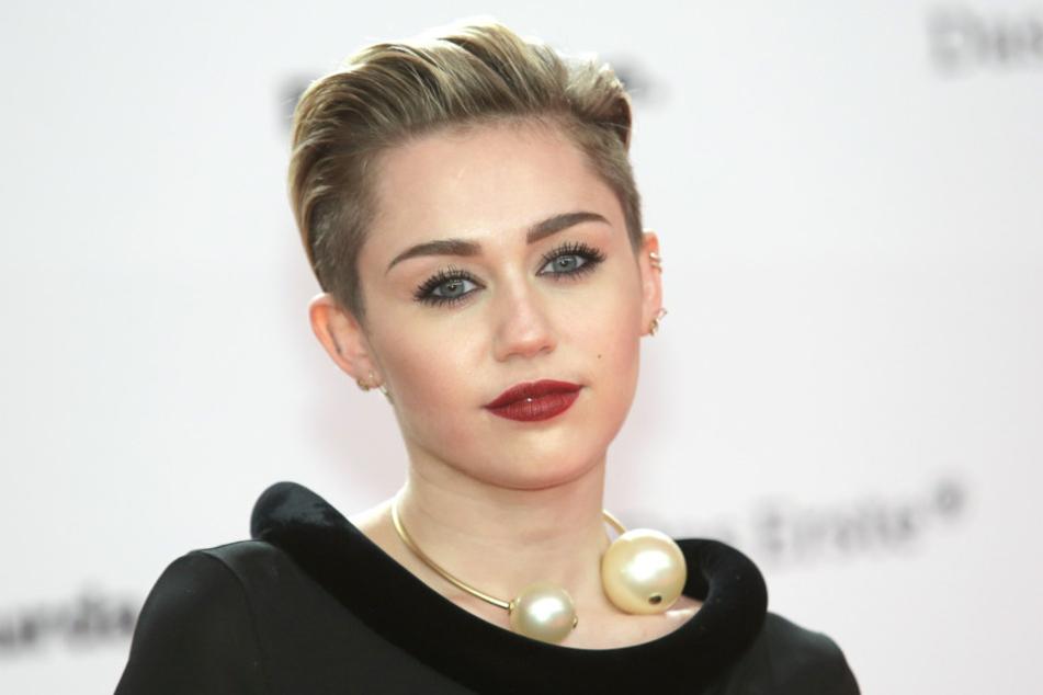 Miley Cyrus (24) hat bereits vor einigen Jahren den frechen Kurzhaarschnitt getragen.