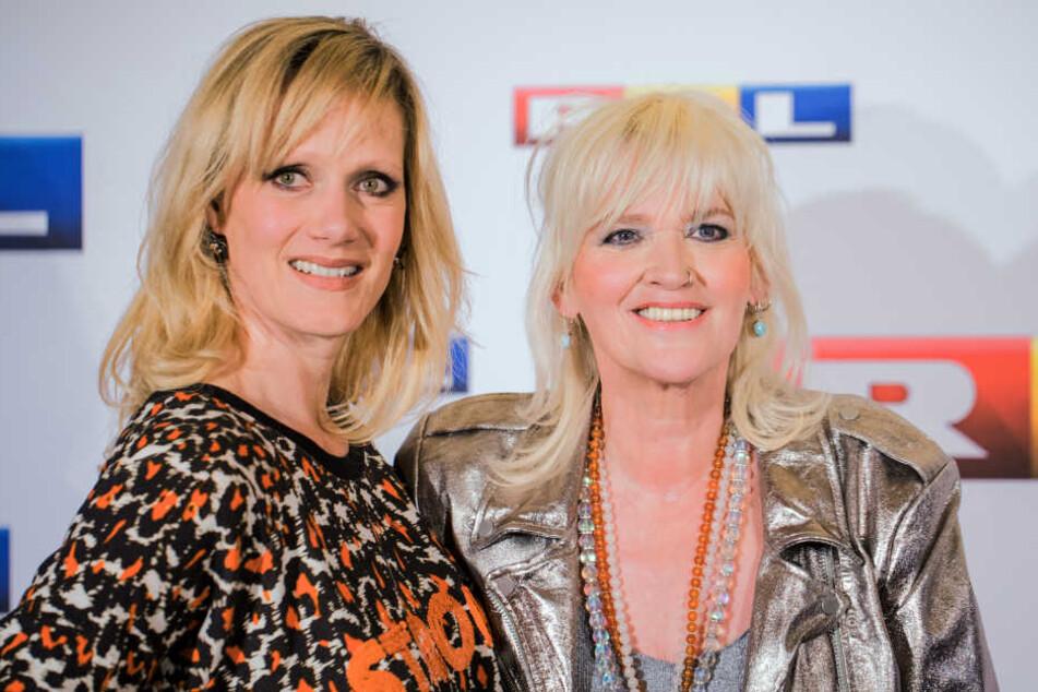 Anna Schudt (links) bei der Filmpremiere mit Gaby Köster im Jahr 2017.