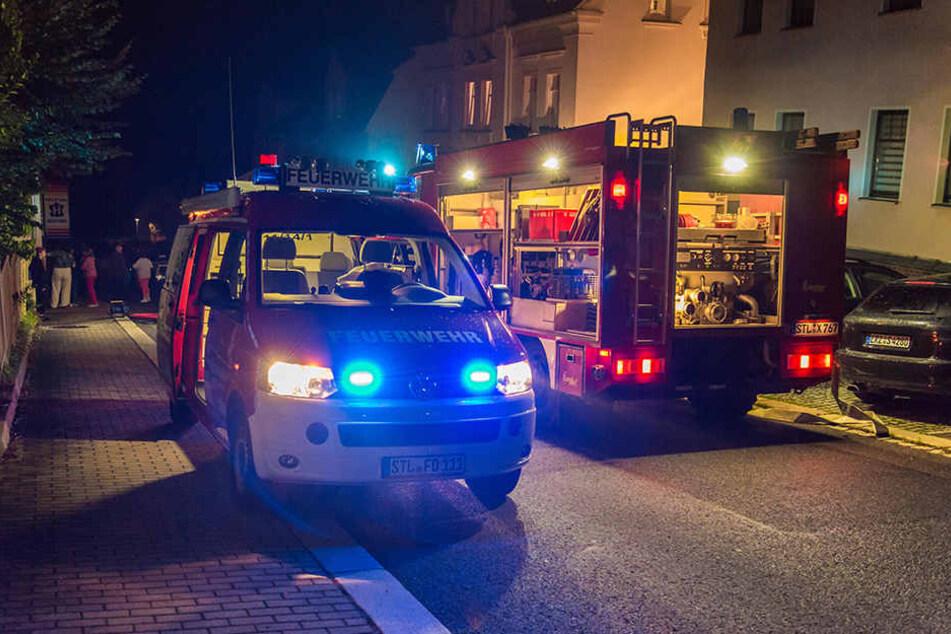 Die Oelsnitzer Feuerwehr wurde in der Nacht zu einem Einsatz in der Walther-Rathenau-Straße gerufen.