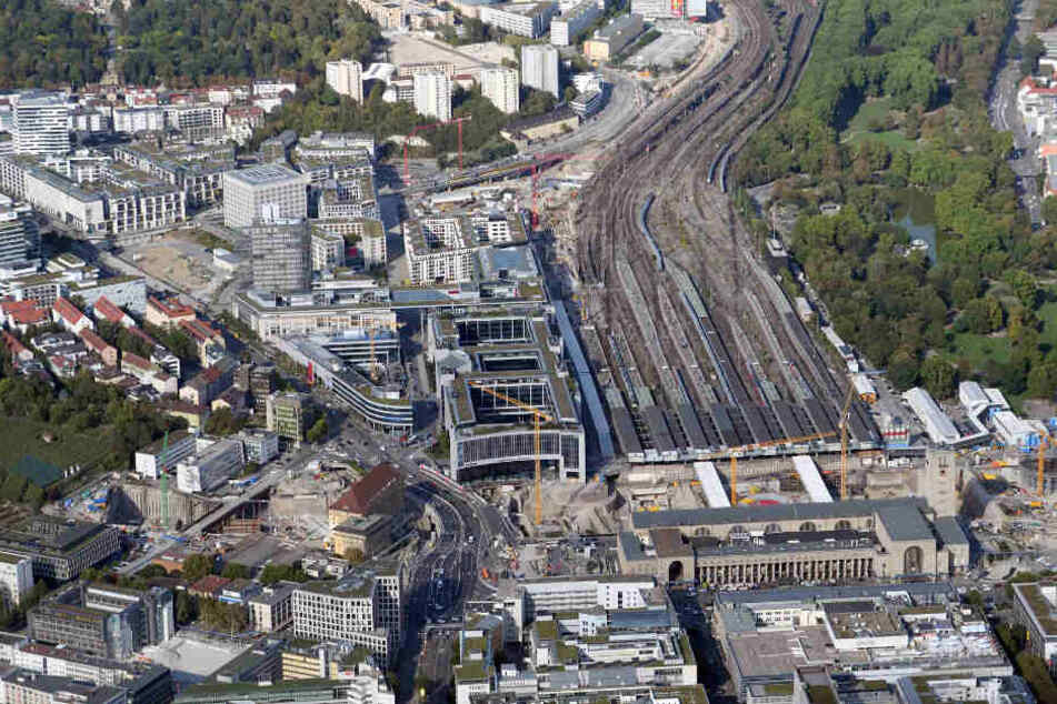 """Die Großbaustelle des Bahnprojekts """"Stuttgart 21"""". Die Bauarbeiten sollen 2025 abgeschlossen sein. (Archivbild)"""
