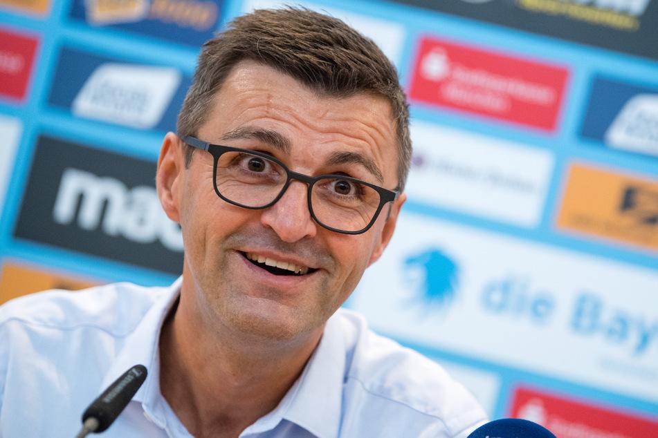 Den besten Lauf der Liga haben momentan die Sechziger. Deshalb lässt Trainer Michael Köllner sich momentan einen Bart wachsen und hofft, dass dies in der Zweitklassigkeit endet.