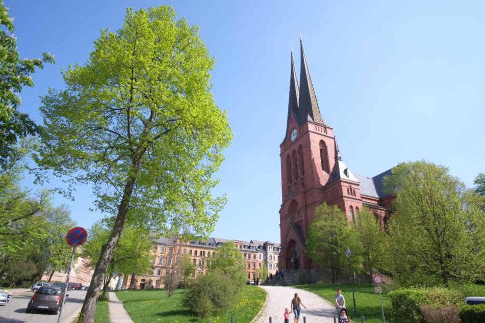 Die Markuskirche auf dem Sonnenberg wurde verwüstet. Ein Pakistani (24) hatte in dem christlichen Gotteshaus randaliert. Die Hintergründe der Tat sind noch unklar.