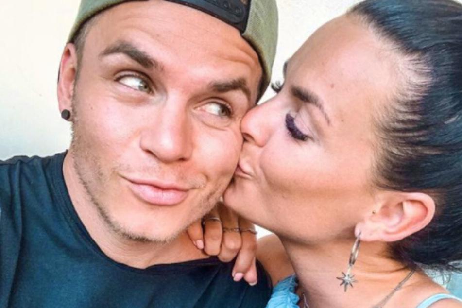 Seit einigen Monaten sind Henning Merten (30) und Denisé Kappés (29) ein Paar.