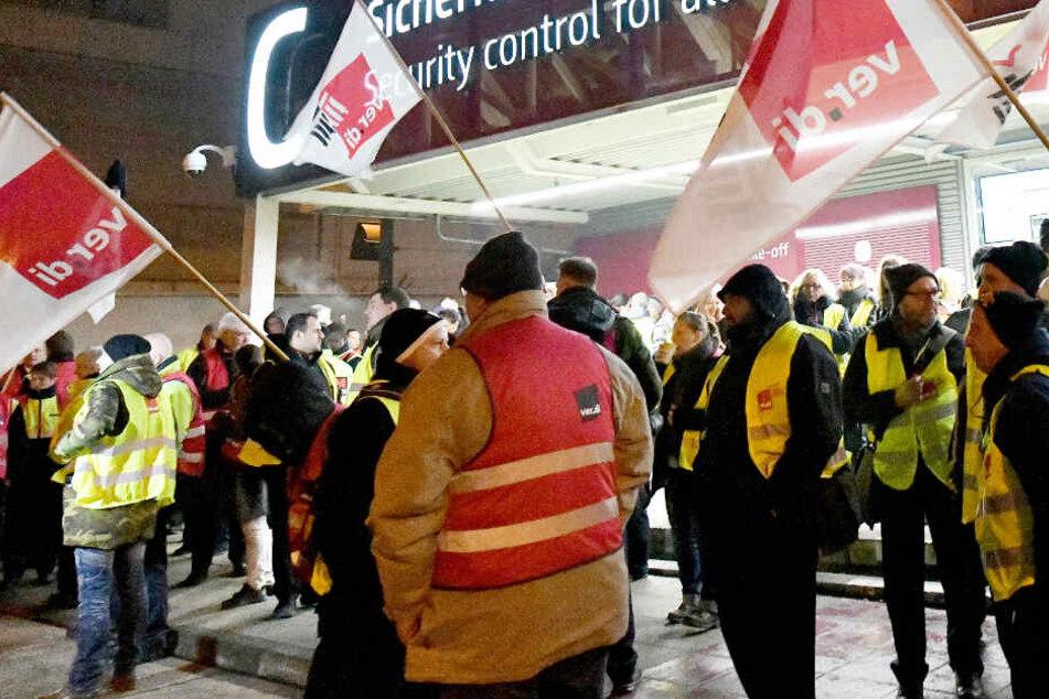 Am 7. Januar gab es bereits einen Warnstreik des Sicherheitspersonals am Flughafen Schönefeld.