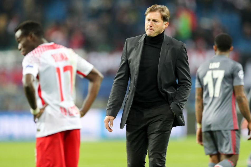 RB-Coach Ralph Hasenhüttl war mit der Effektivität gegen Besiktas nicht zufrieden. Gegen Mainz muss er wohl auf Linksaußen Bruma (l.) verzichten.